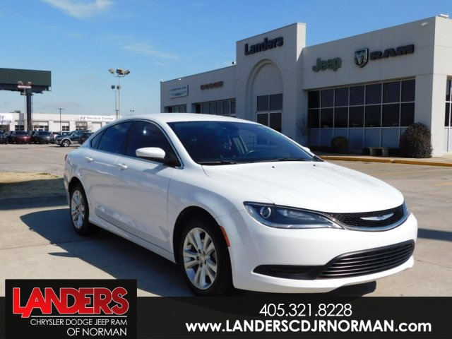 Certified Pre-Owned 2016 Chrysler 200 Touring