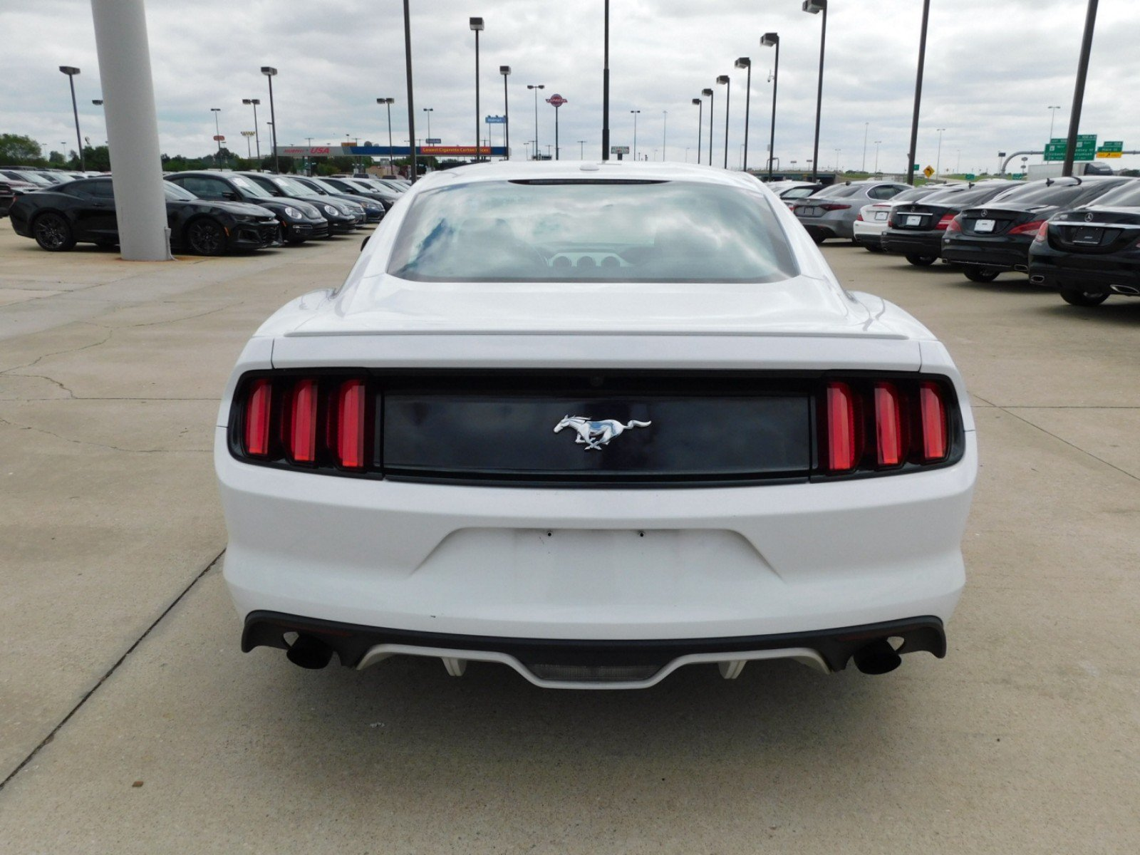 Pre Owned 2017 Ford Mustang EcoBoost 2dr Car in Norman H