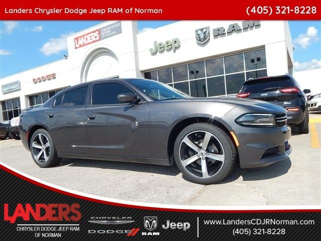 New 2017 Dodge Charger Se Sedan In Norman Hh627623 Landers